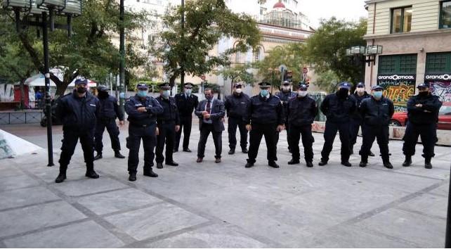 Πολυτεχνείο: «Αστυνομικοί έμειναν ακόμα και 14 ώρες στο πεζοδρόμιο»