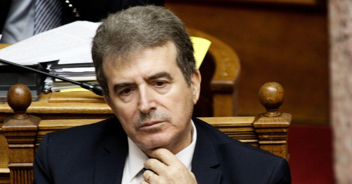 Η απάντηση Χρυσοχοΐδη στις καταγγελίες του ΚΚΕ: «Παραπλανητικά sms»