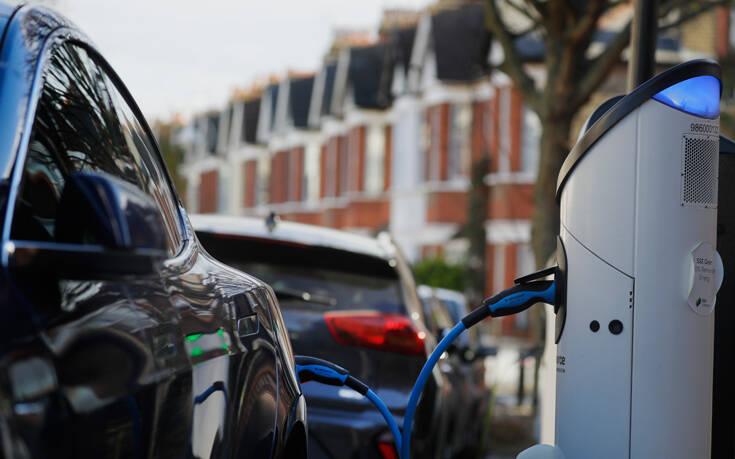 Πολύ νωρίτερα θα απαγορεύσει την πώληση βενζινοκίνητων και ντίζελ – Newsbeast