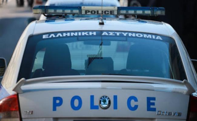 Δράστης τράκαρε με περιπολικό της ΕΛ.ΑΣ.