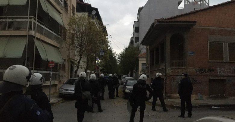 ΜΑΤ απέναντι σε αντιεξουσιαστές στην Λάρισα – ΦΩΤΟΓΡΑΦΙΕΣ