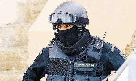 Επιχείρηση αστυνομικών της Ε.Κ.Α.Μ. και της Ασφάλειας – Συνελήφθη δραπέτης φυλακών που εμπλέκεται σε ληστείες