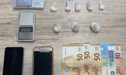 Συνελήφθη διακινητής κοκαΐνης από αστυνομικούς της Δίωξης Ναρκωτικών της Υποδιεύθυνσης Ασφάλειας Πατρών