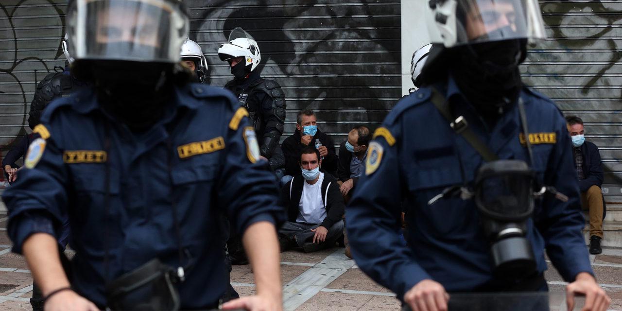 Σαρωτικοί αστυνομικοί έλεγχοι στο κέντρο της Αθήνας