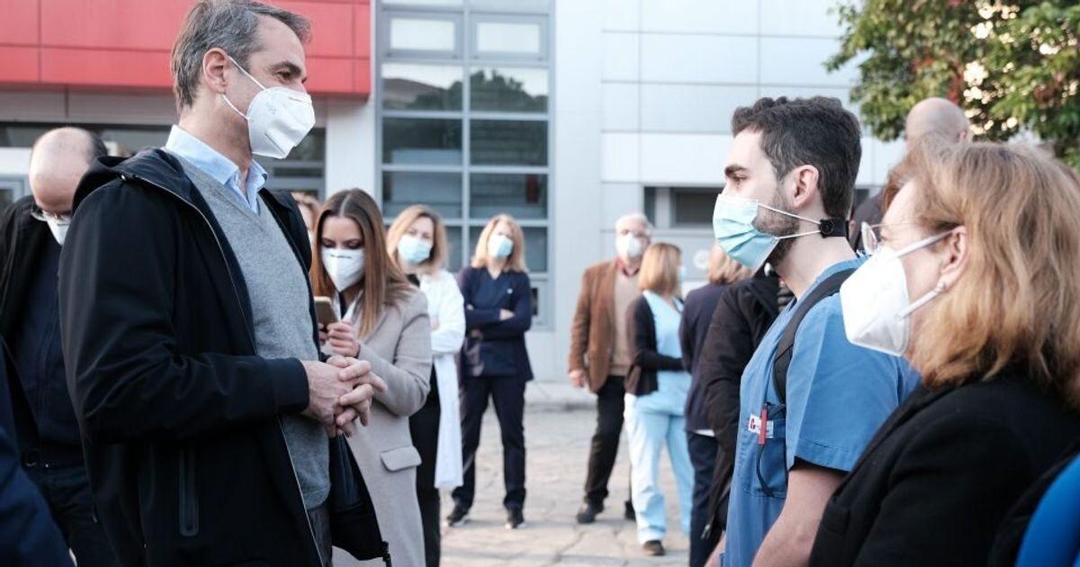 Μητσοτάκης από Θεσσαλονίκη: Δωρεάν και όχι υποχρεωτικό το εμβόλιο