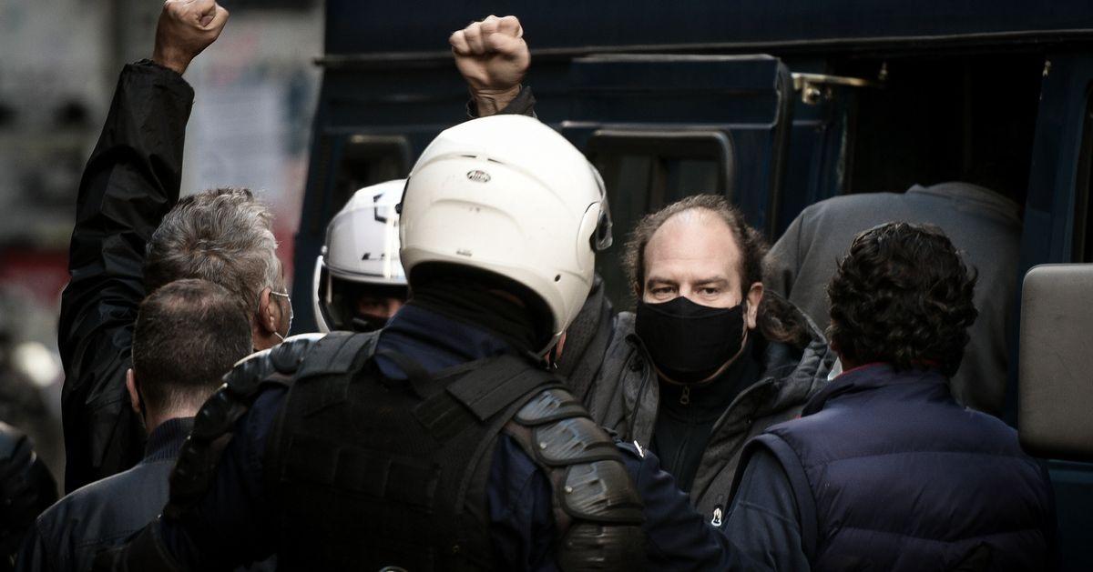 Αντιδράσεις από την αντιπολίτευση για το «lockdown» στην επέτειο Γρηγορόπουλου