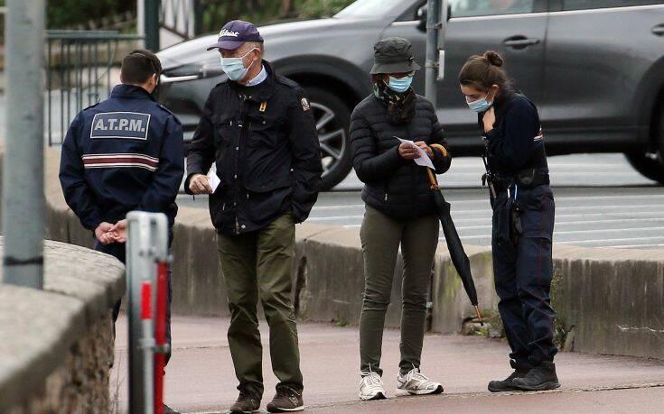 Μπλόκο της Γαλλίας σε πολίτες που θα επιχειρήσουν να πάνε για σκι στο εξωτερικό