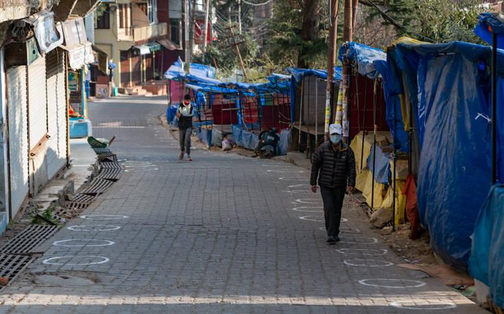 Κοντεύουν τα 10 εκατομμύρια τα κρούσματα κορονοϊού στην Ινδία – Πάνω από 140.000 οι νεκροί