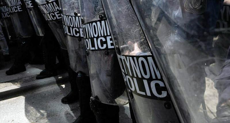 Έκτακτο: Μπήκαν οι αστυνομικές δυνάμεις στο Πολυτεχνείο
