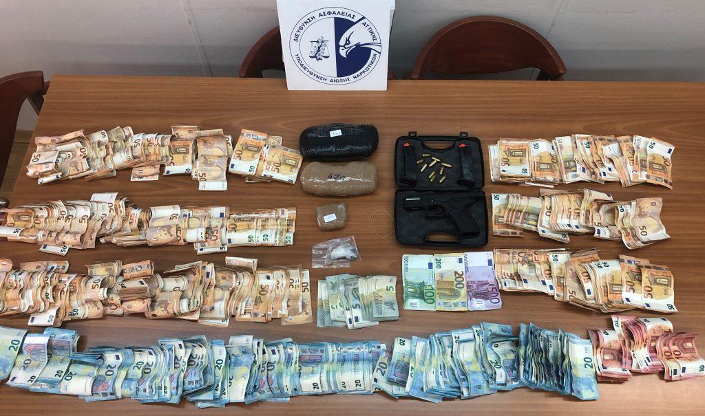 Σύλληψη σωφρονιστικού: Περνούσε ναρκωτικά στις φυλακές Κορυδαλλού