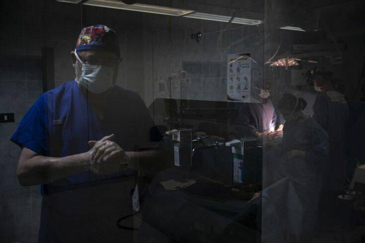 608 κρούσματα κορονοϊού και 13 θάνατοι σε 24 ώρες – Newsbeast
