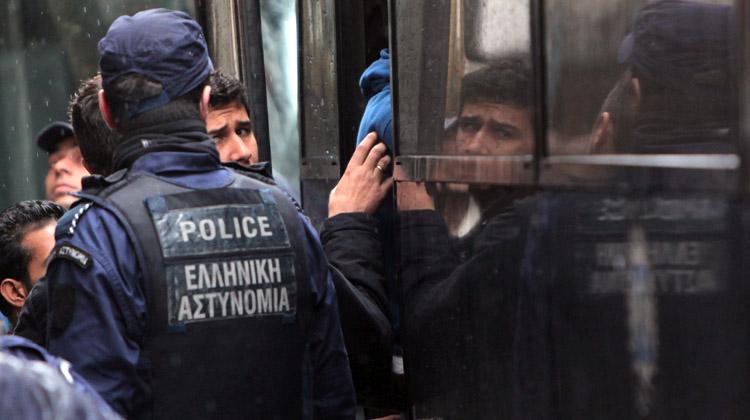 Εξαρθρώθηκε κύκλωμα διακίνησης μεταναστών! Τουρκία – Ιταλία μέσω Ελλάδας 3.500€ το κεφάλι