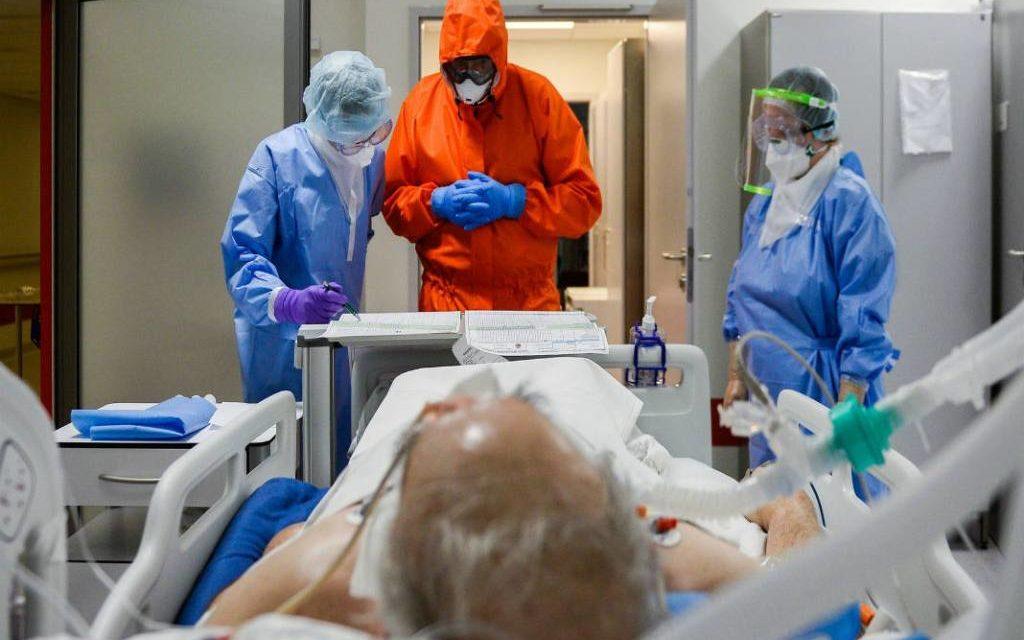Με διπλό ημερομίσθιο το υγειονομικό προσωπικό που βοηθά τα πληττόμενα νοσοκομεία άλλης Περιφέρειας