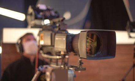 Ο κορονοϊός αναγκάζει τους τηλεοπτικούς σταθμούς να πάρουν μέτρα για να «θωρακιστούν» απέναντι στον κορονοϊό