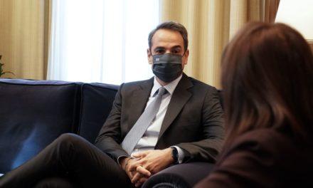 Μητσοτάκης στην ΠτΔ: «Nα πείσουμε τους συμπολίτες μας ότι πρέπει να εμβολιαστούν»