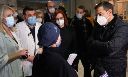Τσίπρας στην Κατερίνη: Μεγάλο λάθος ο εφησυχασμός με τον εμβολιασμό
