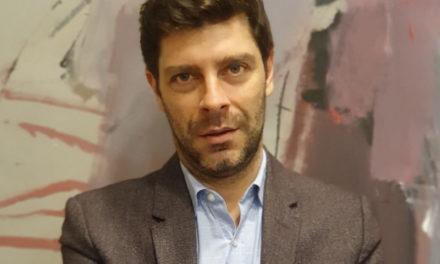 Νικόλας Γιατρομανωλάκης: Οι αγώνες γενναίων ανθρώπων μου επέτρεψαν να είμαι ο εαυτός μου ακόμα και σε δημόσια αξιώματα