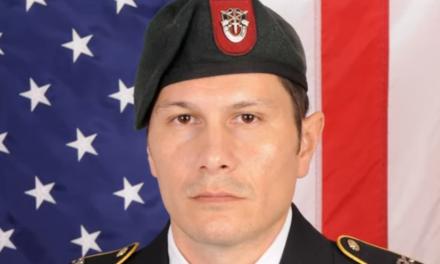 Λοχίας των ειδικών δυνάμεων ο συλληφθείς για το μακελειό σε αίθουσα μπόουλινγκ του Ιλινόι