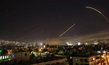 Οι ΗΠΑ βομβάρδισαν θέσεις Ιρανών παραστρατιωτικών στη Συρία