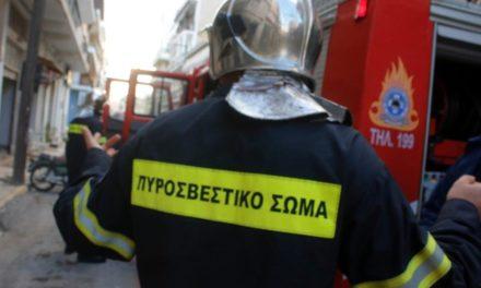 Πυρκαγιά στο Γηροκομείο Αθηνών-Έξι άτομα στο νοσοκομείο με αναπνευστικά