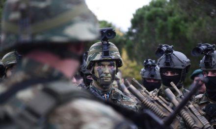 «Ας γίνει και εφ' όρου ζωής η στρατιωτική θητεία»