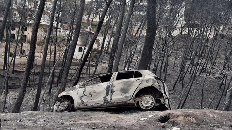 Μετάθεση ευθυνών για την καταστροφική πυρκαγιά στο Μάτι