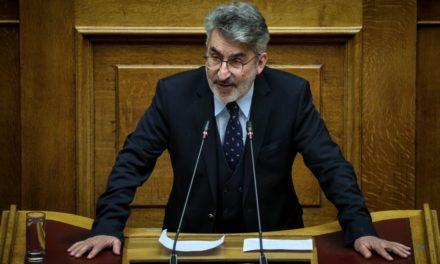 Θ. Ξανθόπουλος: Ηχηρές προειδοποιήσεις για τη λειτουργία του κράτους δικαίου στην Ελλάδα από την έκθεση της ΕΕ