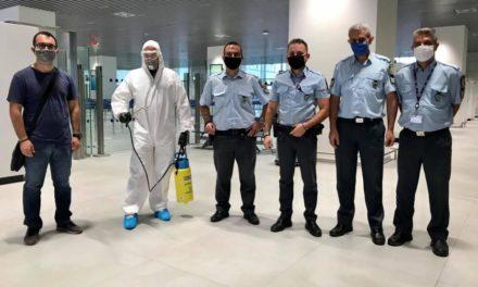 Ηλίας Βρέντας: Δίπλα στους αστυνομικούς του αεροδρομίου για τον Covid-19