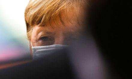 Θέμα εμπιστοσύνης στη Μέρκελ θέτει η αντιπολίτευση