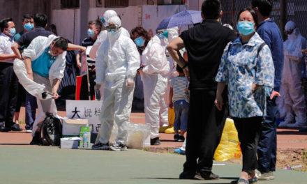 Το Πεκίνο χαρίζει εκπτωτικά κουπόνια για ψώνια σε όσους έχουν κάνει το εμβόλιο του κορονοϊού