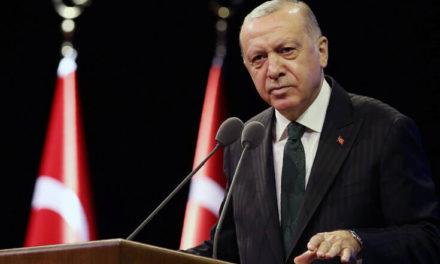 Ο Ερντογάν προαναγγέλλει νέο Σύνταγμα