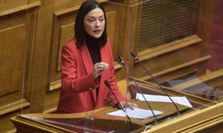 Ν. Γιαννακοπούλου: Να χυθεί άπλετο φως στην υπόθεση που αφορά παρακολούθηση σκηνοθέτη για traffiking ανηλίκων