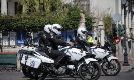 Πάτρα: Επίθεση με μολότοφ σε αστυνομικούς – Οι δράστες έστησαν καραούλι κοντά σε εκκλησία – BINTEO