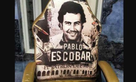 Επιχείρηση ΕΛ.ΑΣ.: Η «χρυσή» καρέκλα με τον Εσκομπάρ και οι «πιστολέρο»