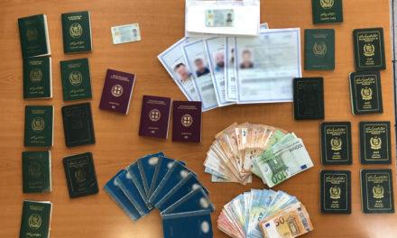 Συνελήφθησαν 3 αλλοδαποί για πλαστογραφία εγγράφων – Έως 1500 ευρώ η «ταρίφα»