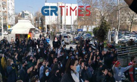 Ελεύθεροι αφέθηκαν οι 31 συλληφθέντες για τα γεγονότα στο ΑΠΘ / ΒΙΝΤΕΟ