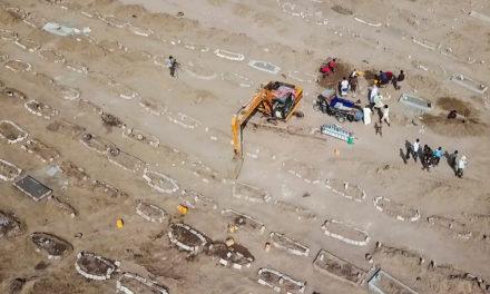 Στην Υεμένη δεν προλαβαίνουν να θάβουν τους νεκρούς από κορονοϊό και ζητούν εθελοντές