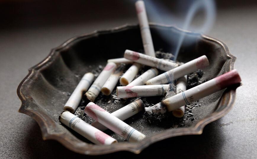 Ριζοσπαστική πρόταση να απαγορευτεί η πώληση τσιγάρων σε όσους έχουν γεννηθεί μετά το 2004