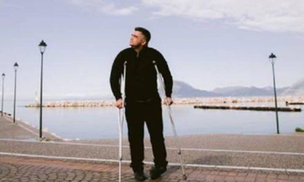 Αστυνομικός που έμεινε ανάπηρος από πυρά ληστή διεκδικεί σύνταξη
