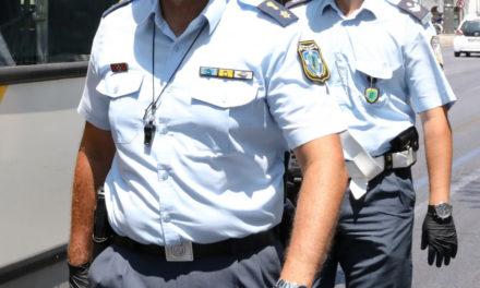 Πότε βάζουν τη θερινή στολή οι Αστυνομικοί