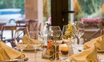 """""""Λουκέτο"""" σε ανοιχτό εστιατόριο της Γλυφάδας /ΒΙΝΤΕΟ"""