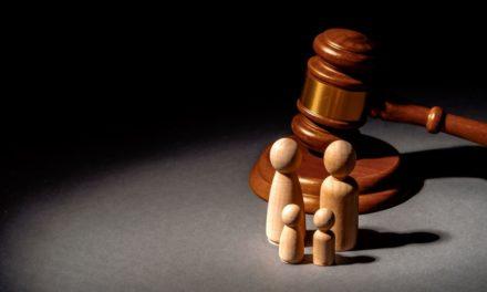 8 ερωτήσεις και απαντήσεις που ρίχνουν φως στο νομοσχέδιο για τη «συνεπιμέλεια»