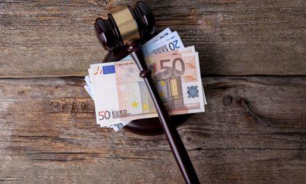"""Απόφαση """"βόμβα"""" για δικαστική δικαίωση εργαζομένων Δήμου φέρνει ανατροπή σε δώρα και επιδόματα στο Δημόσιο"""
