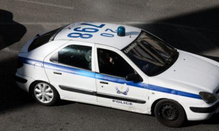 """Ένωση Αστυνομικών Υπαλλήλων Αθηνών: Θωρακίστε μας για να προστατεύσουμε τους πολίτες – Αυτοί που πετούν μολότοφ """"διψούν"""" για αίμα αστυνομικού"""