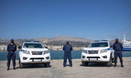 Με δύο νέα περιπολικά Navara ενισχύεται το νησί της Χίου – ΦΩΤΟΓΡΑΦΙΕΣ