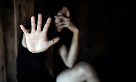 Σεφ «πείραζε» τα ποτά νεαρών γυναικών και τις βίαζε