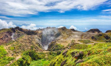 Εξερράγη το ηφαίστειο Λα Σουφριέρ