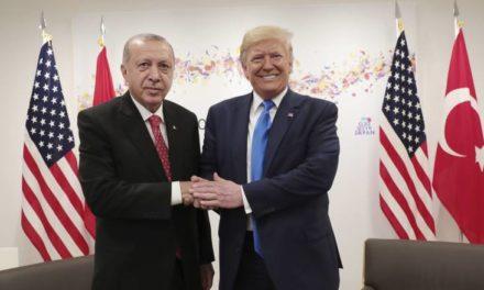 Der Spiegel: Ερντογάν και Τραμπ πίσω από το τραπεζικό σκάνδαλο της Halkbank