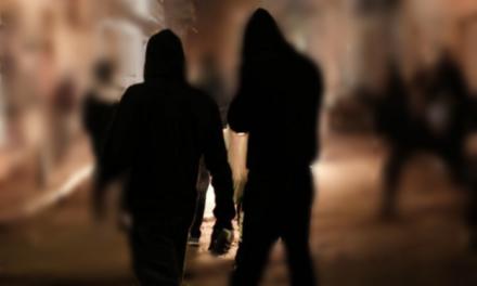 Κουκουλοφόροι προκάλεσαν φθορές στη Λέσχη Αξιωματικών Φρουράς Θεσσαλονίκης