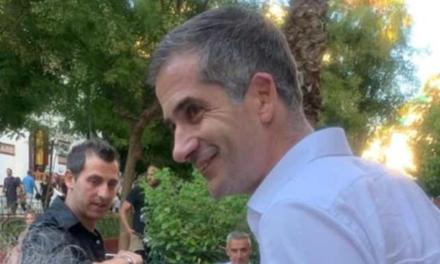 Δύο συλλήψεις για την επίθεση στον Κώστα Μπακογιάννη στο Μεταξουργείο